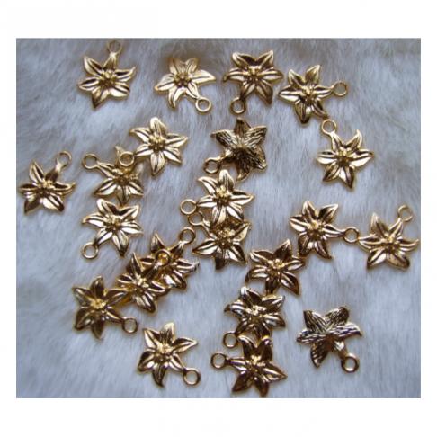 """AUK-0004 Pakabukas, """"Gėlytė"""", 15x12mm, aukso sp."""