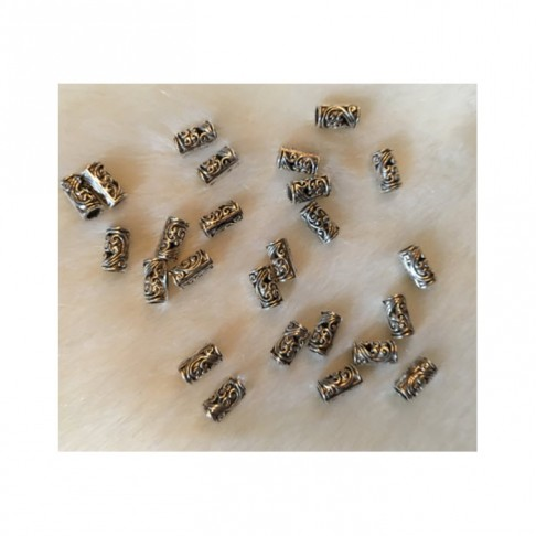 7-10084  Metalinis karoliukas, 10mm, viduriukas apie 2.8mm