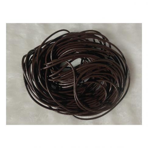 OD-VE2102  Odinė virvutė, apie 2mm, tamsiai ruda, už 2 metrus.