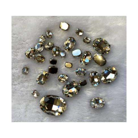 KR-MIX951  Kristalo prisiuvamų intarpų MIX,  apie30 vnt. SIDABRO skaidri sp.