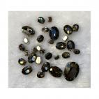 KR-MIX952 Kristalo prisiuvamų intarpų MIX, apie30 vnt. PILKI