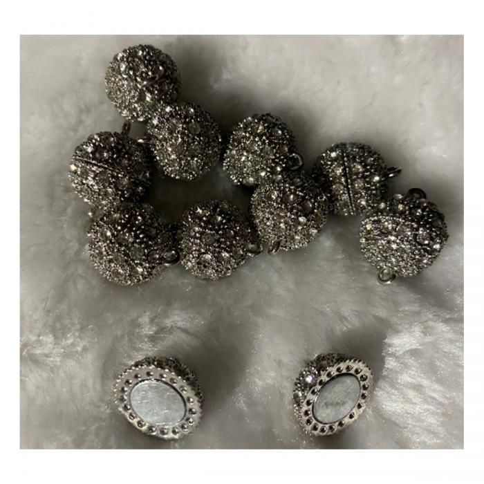 7-88707 Magnetinis užsegimas su kristalo akutėm, 16mm, 1vnt.