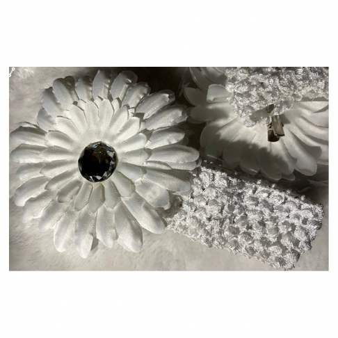 HERBERA-1 Mergaitėms i plaukus, gėlytė galima ir atskirai įsisegti :) Balta