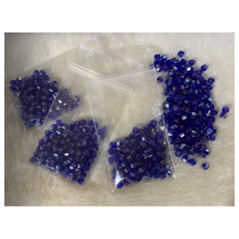 KR-3490  Kristalo karoliukai, 4mm, bikone, 100vnt., TAMSŪS