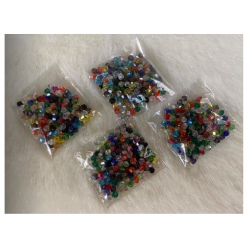 KR-3200  Kristalo karoliukai, bikone, apie 3mm, MIX,  apie 200 vnt.
