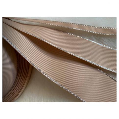 GR-JS01024 Gofruota juostelė, su sidabro sp., krašteliais, 38mm, kaina už 1m beginio, NUDE -SMĖLIO sp.