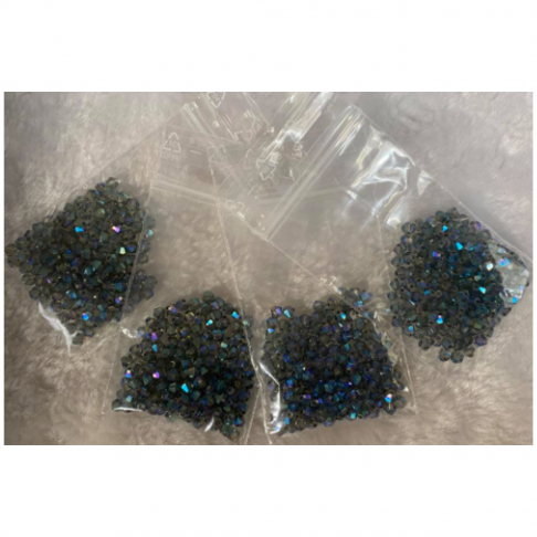 KR-K333 Kristalo karoliukai, 3mm, apie 130vnt., tamsūs AB