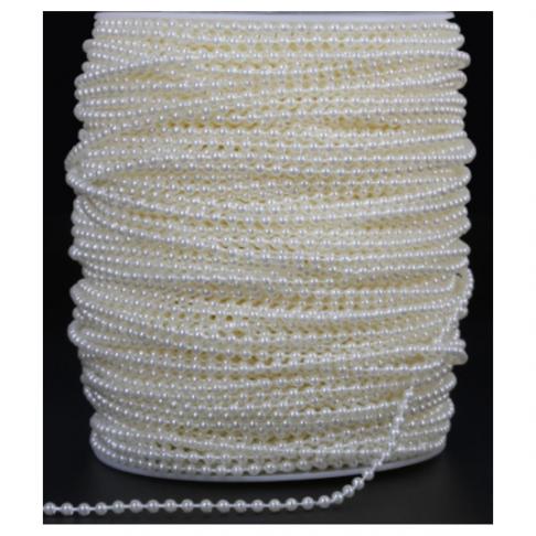 AKV-31226  Akrilinių perliukų virvutėm 3mm, kaina už 2 metrus.