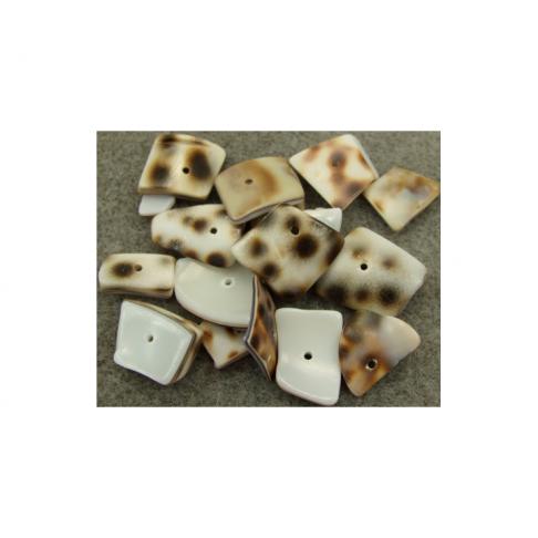 KRIAUK-LE887 Natūralios kriaukles, 8-20mm, kaina už 10gr, (15-18vnt.)