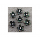 GEL-65103 Kabašonas akrilinis , juoda gėlytė su akute, 15mm