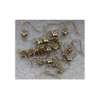 ZALV-KB333 Kabliukai auskarams su gėlyte, 17mm, kaina už 2