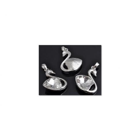 """7-10322 Pakabukas """"Gulbė"""" su skaidraus kristalo ak., 35x23mm"""