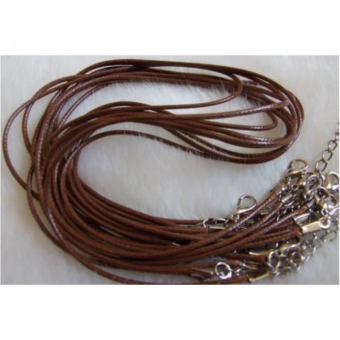V-AA901 Natūralios odos virvutė ant kaklo, 40-45cm.-1,5mm., Ruda