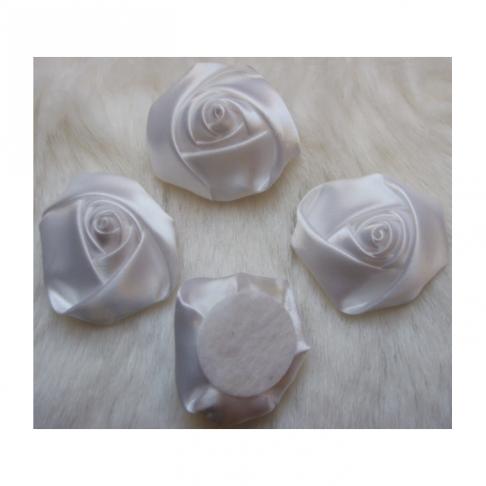 B-KB3352  Satino rožytė, 3-3.5cm, Balta