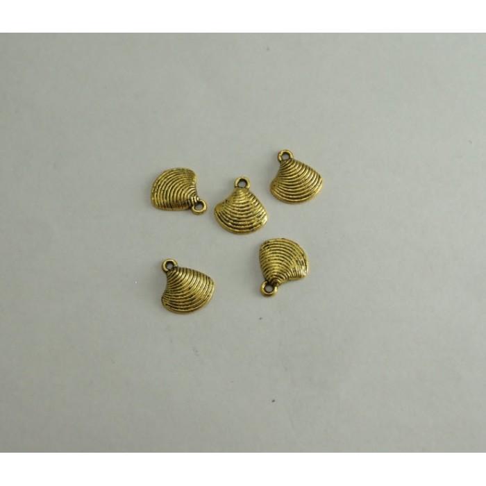 AUK-30257 Pakabukas Kriauklė, send. aukso sp. 13mm