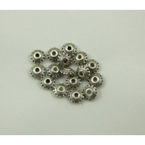 7-0024  Sendinto sidabro sp. 10x4 mm