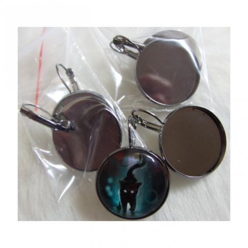 JUOD-8225  Ruošinys auskarams, tinka apie 25 mm kabošonai
