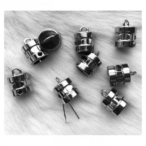 7-K1581 Kepurėlė-užbaigimo detale su skylute, 15x10x(8mm vidus)