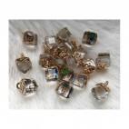 AUK-KR3238 Kristalo pakabukas, apie 12mm, spalva nuo skaidrios iki vaivorykstės,  už 1 vnt.
