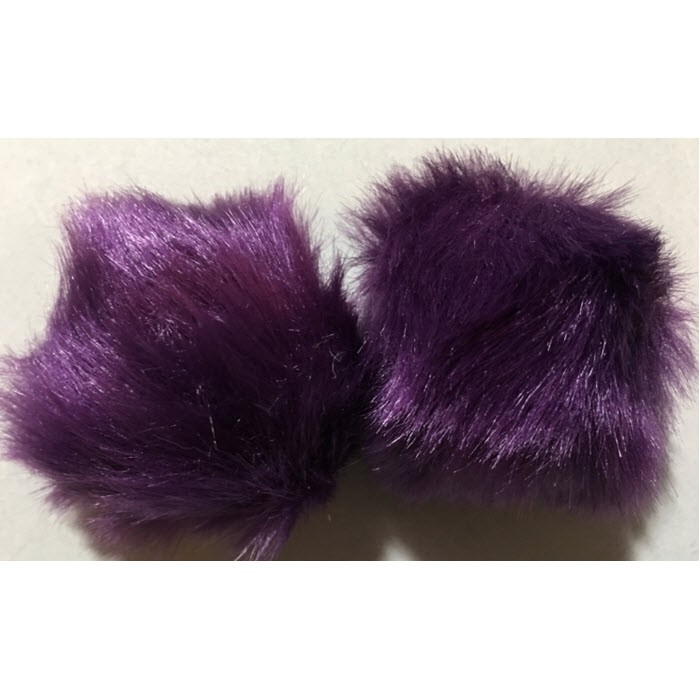 Bumbulas-3  Bumbulas is dirbt., kailio, turi kilputę, apie 7 cm., Tamsiai violetinis.